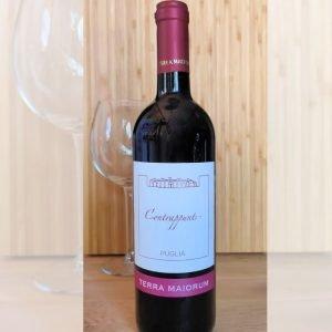 Vino rosso estratto da uva Nero di Troia IGP Puglia